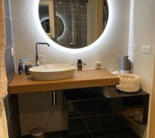 Notre salle de bain parentale avec le Fameux meuble Lago...
