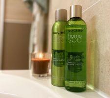 La salle de bain des filles... Teintes sablées et touches de vert