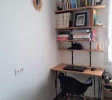 DIY bureau