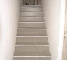 les travaux de construction carrelage avec nez de marche pour escalier exterieur. Black Bedroom Furniture Sets. Home Design Ideas