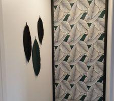 Décoration DIY # feuilles# macramé# noir/vert foncé # inspiration tapisserie.
