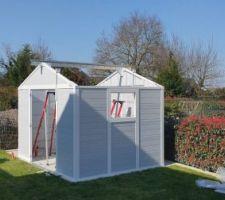 Installation de l'abri de jardin de 7.5 m2