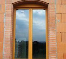 Briques foraines/porte fenêtre bois