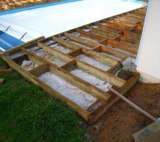 La structure de la terrasse est quasiment terminée.
