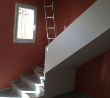 mur ocre rouge chez dulux valentine rampe d escalier lin clair chez dulux valentine