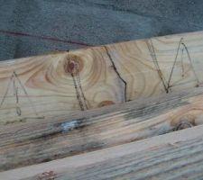 Petites traces au feutre noir pour être sure que les charpentier la verrons bien !!!