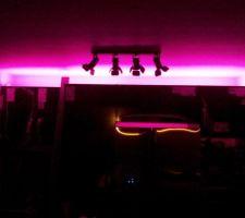 Bandeau de LED rose