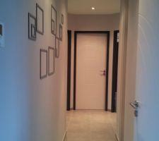 Photos et idées dégagement / couloir sol gris clair (239 photos)