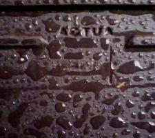 Les tuiles posées sont des Actua de Koramic au lieu des Noreva de Lafarge (Monier). Apparemment les noreva ne se font plus...