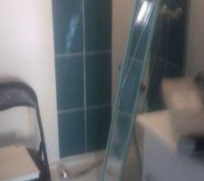 La salle d'eau de notre chambre