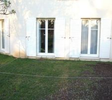 vue arriere de la maison avant installation de la terrasse