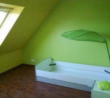 Photos et id es chambre d 39 enfant sol bois fonc 113 photos for Chambre ado 13m2