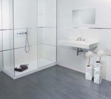 le carrelage du sol choisi de la salle de bain des filles new habitat arabica effet parquet