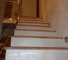 premiere passe d enduit beton metallise blanc brut