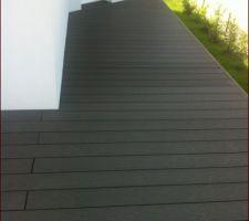 """et voilà après 1 an d'emménagement la maison se termine, on a commandé la balustrade de la terrasse et ce sera le point final au """"chantier""""."""
