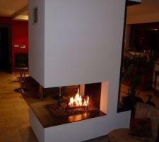 La cheminée en action, mon joujou!!! insert totalement escamotable dans la hotte
