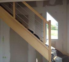 escalier en bois iroko