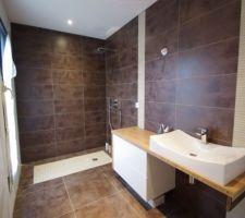 ▷ Salle de bain marron : Infos et ressources