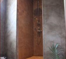 douche a l italienne de notre suite parentale