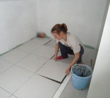 Salle de bain (étage - pose du carrelage)