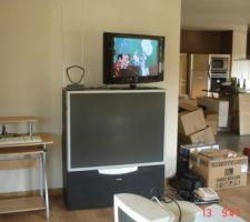 13092009 déménagement espace TV