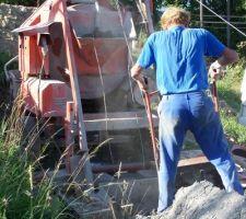 Mon oncle au commande de la betonniere