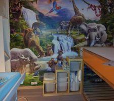 Chambre des loulous : tapisserie