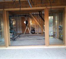 la porte entre le salon et la veranda