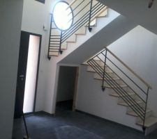 L'escalier avec le garde corps.