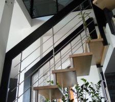 cage escalier vue vers le haut