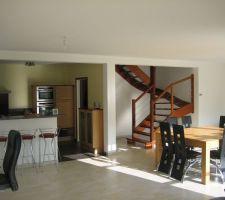 escalier de l ancienne maison on refera moins cher et plus econome en place