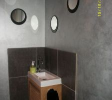 miroirs rajouter dessous le lave mains