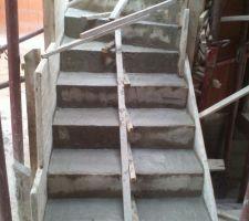 Escalier de l'etage coulé