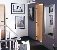 Idée couloir des chambres toujours dans les gris et bois sauf que le bois sera au plancher et les photos en noir et blanc seront celles prisent par mon homme