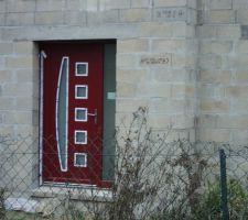 Porte d'entrée côté extérieur