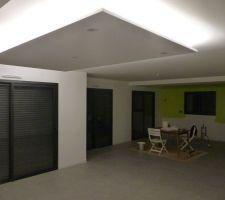 faux plafond avec bandeau led
