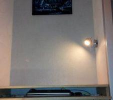 lampe de bureau installee