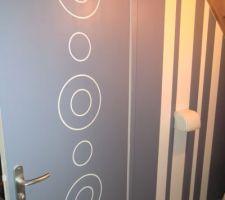 Les ronrons sont terminés dans les WC du rdc !