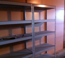 Isolation garage (polystyrène extrudé 6cm R=1,8) et étagères