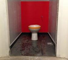 Déco des WC du 1er en cours