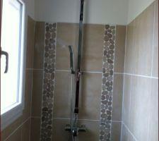 Le combiné de douche adaptable à notre mitigeur.