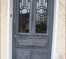 La porte après coté exterieur