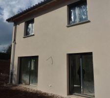 facade sud aves les cheneaux en alu gris 7016