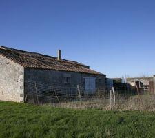 Vue du nord est (grange attenante à la maison)