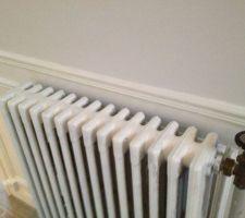 Peinture radiateur commencée par Estella!