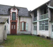 L'atelier accolée à sa grange (ancienne ébénisterie)