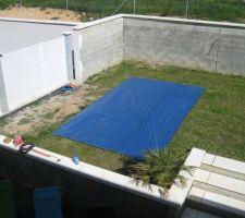 emplacement piscine 6x3 prevu dans xxxx