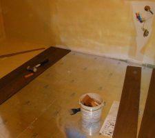21 avril : parquet PVC salle de bain