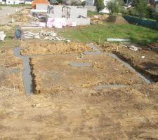 13 mai 2013: début de la construction! les fouilles sont faites