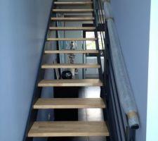 Escalier installé ce matin....